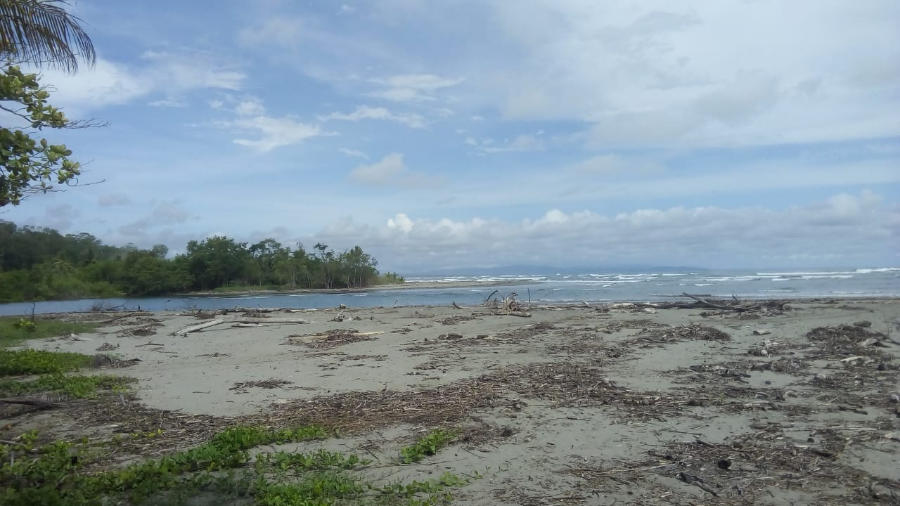 Propiedad  Puntarenas ventana de osa