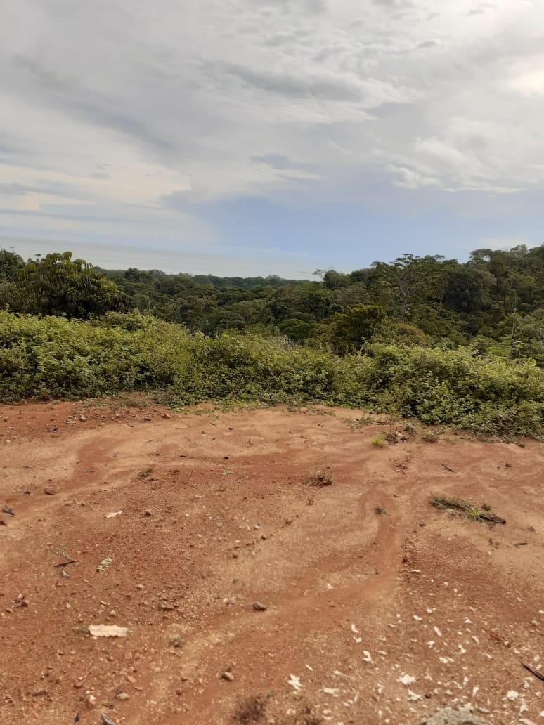 Propiedad Puntarenas a un kilometro de la costanera.