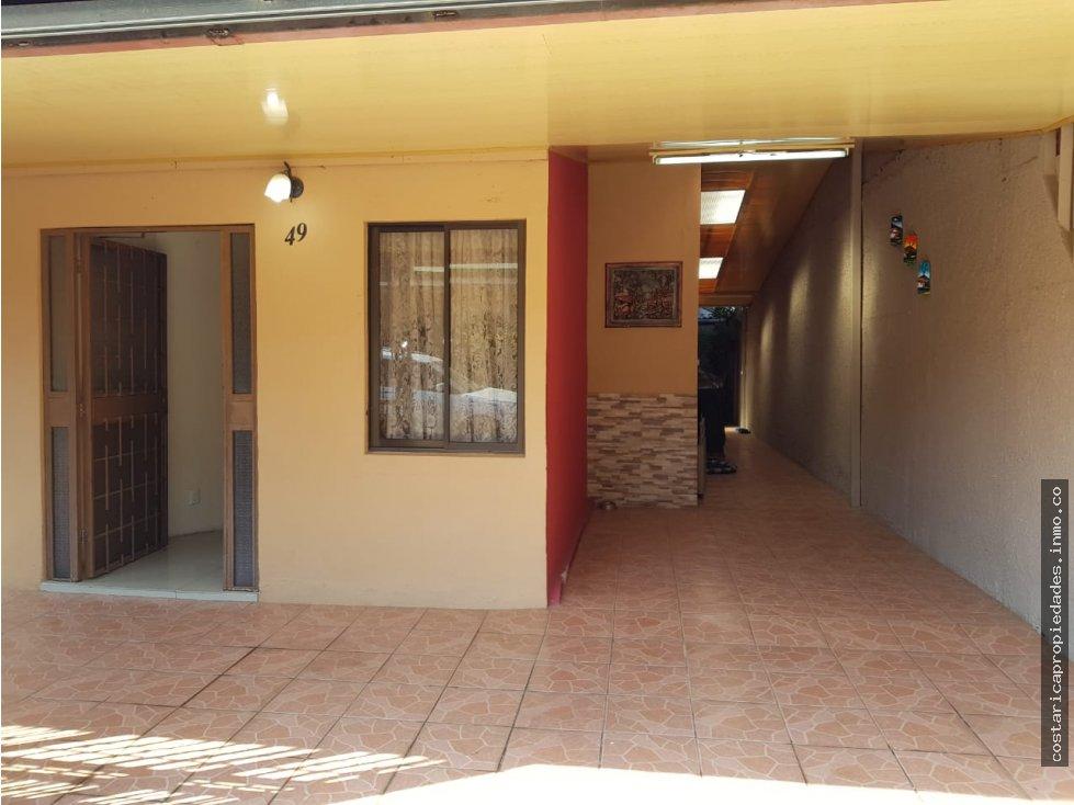 Heredia Casa con apartamento